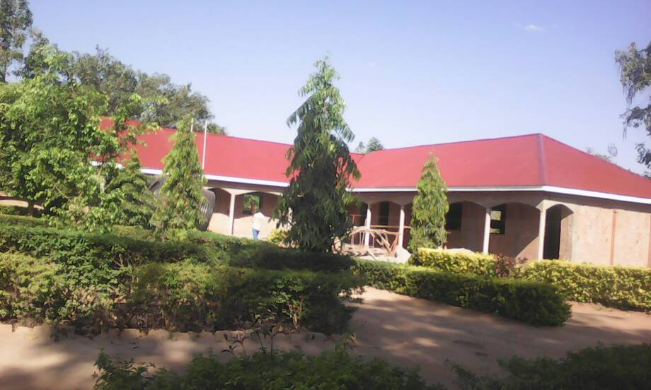 The school now has a roof, now still the interior
